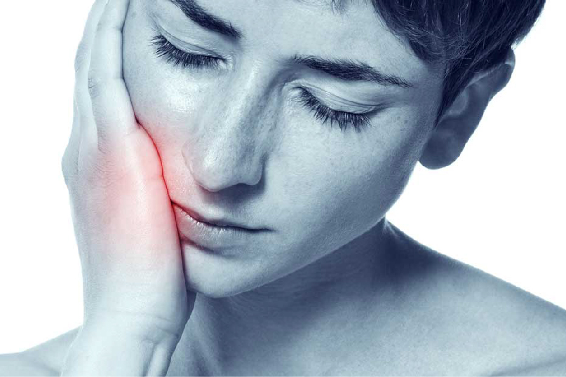 آیا درمان ایمپلنت با درد همراه است؟